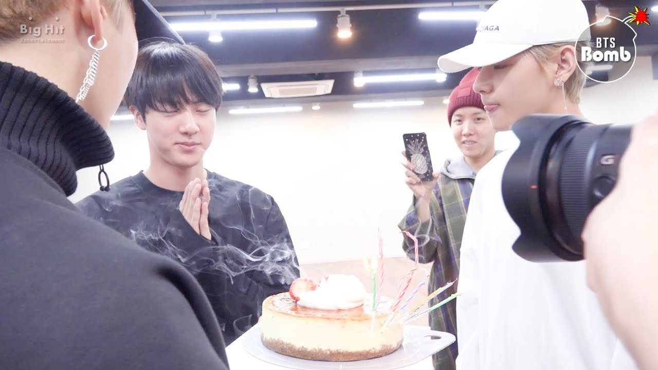 [BANGTAN BOMB] Jin's Surprise Birthday Party