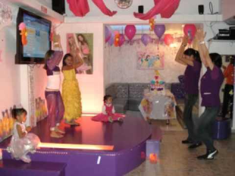 En bogota las mejores fiestas infantiles spa kar youtube for A star is born kids salon
