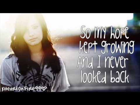Demi Lovato - Trainwreck (Lyrics Video)