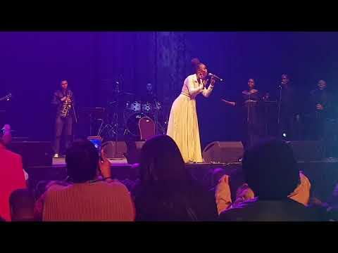 Unathi live performance_Sana Lwami ft Zola