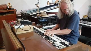 Deep Forest  goes wild with Hammond B3, testing Butler pedal