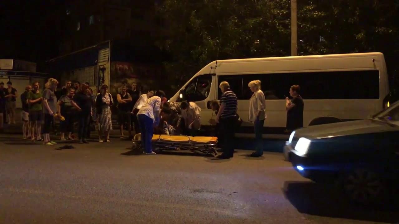 В Тольятти на Ленина маршрутка насмерть сбила пешехода
