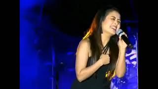 Mahi Ve Mohabbatan Sachiyan Ne -  #Nehakakkar - very emotional singing the song   live stage show