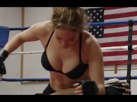 The Boy Next Door 2015 Fight Scene Jennifer Lopez Hot
