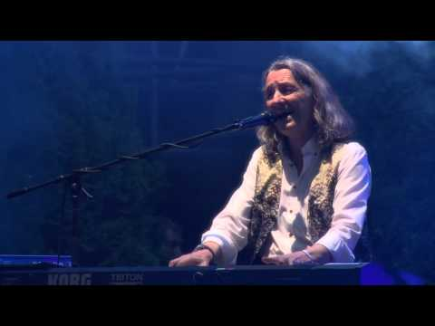 Roger Hodgson - Raining Again (Live at VeszprémFest 2015)