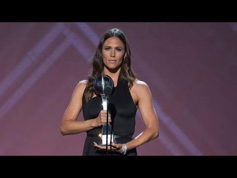 Jennifer Garner on 'Intense' Moment Presenting Sexual Abuse Survivors With Award at 2018 ESPYs E…