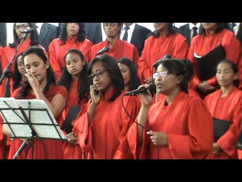 CAM (Chorale Adventiste Mandrosoa)- Mivavaka ho ahy Jeso
