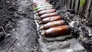 Фундамент Своими руками из Пластиковых бутылок. Стены из земли. Песок в бутылках. Начало начал.(Видео о том как сделать своими руками фундамент из пластиковых бутылок внутри которого находится песок...., 2016-05-12T20:50:54.000Z)