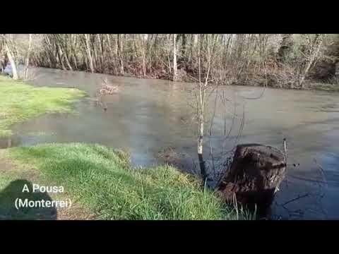 El cauce del río Tamega a su paso por Oímbra