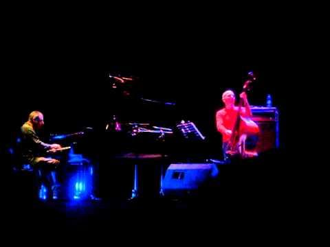 Buenos Aires Jazz 2010 - Enrico Pieranunzi Trio - 4/12/2010 - Parte 1/6