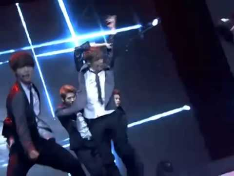 EXO Wolf+Growl @Baidu Music Awards 131222