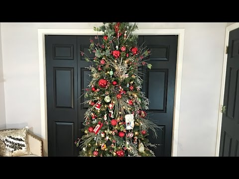 Themed Traditional Family Christmas Tree (Ribbon-less) - Christmas Decorating