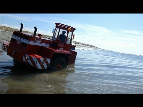 RC wheel loader STUCKS in alluvial sand and mud | FESTGEFAHREN: O&K L25 im Schwemmsand / Schlick