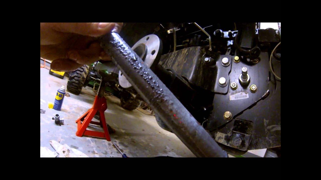 John Deere 1026R 1025R 1023E 50hr service - YouTube