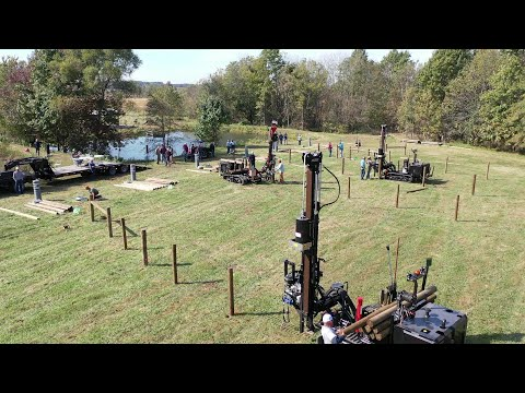 You've Never Seen Fencing Like This! Tornado Wire Fence Building Competition!