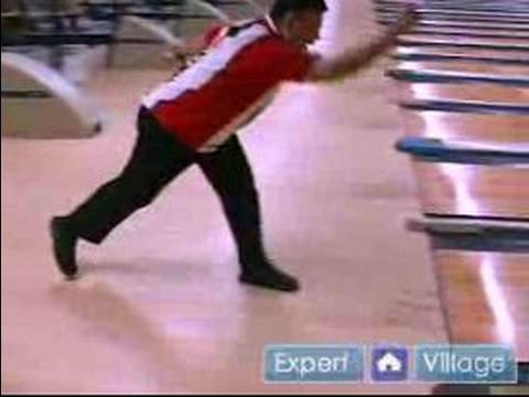 Professional Bowling Tips & Techniques : Four Step Bowling Approach for  Bowling
