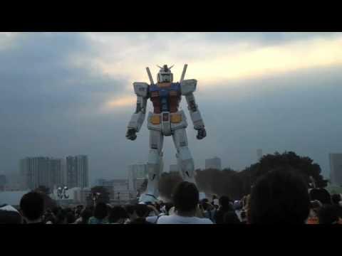 Gundam Statue Odaiba Tokyo, Japan