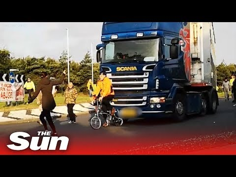 Vegan mob's folding bike crushed by HGV