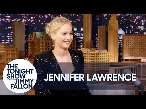 "Jennifer Lawrence Used the Kardashians to Cheer Up While Filming ""mother!"""