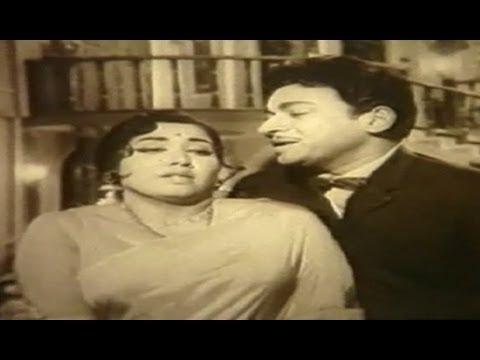Balu Belagithu Kannada Movie Songs || Kamalada Hoovinda || Rajkumar || Jayanthi