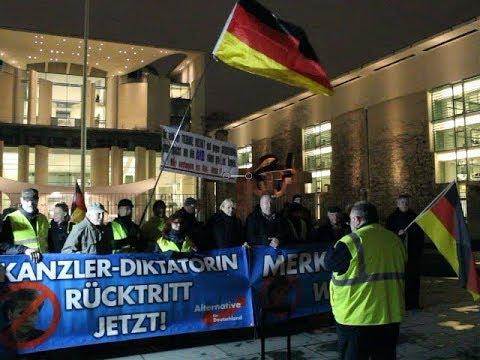 VOR ORT AKTUELL - MERKEL-MUSS-WEG-MITTWOCH VOM 22.JANUAR IN BERLIN-MITTE.