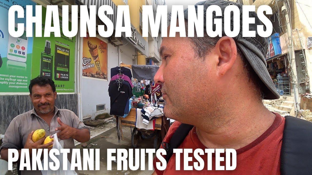 TRYING THE FAMOUS CHAUNSA MANGO / FOREIGNER TRYING OUT PAKISTANI FRUITS / KARACHI FOOD VLOG