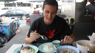 "Thai Style ""hainanese Chicken Rice"" (khao Man Gai ข้าวมันไก่) In Pratunam"