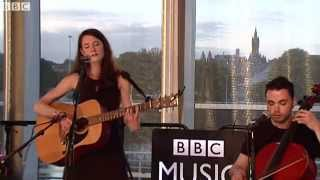 Rachel Sermanni - Banks Are Broken (The Quay Sessions)