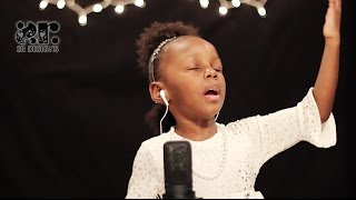 3 year old singing - O Holy Night - Plz Share