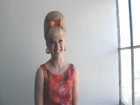 Behind the Scenes with Hairspray's Hayley Podschun!