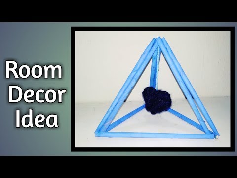 Hanging heart showpiece | room decor idea from waste Newspaper and yarn | DIY | TRIAL n ERROR