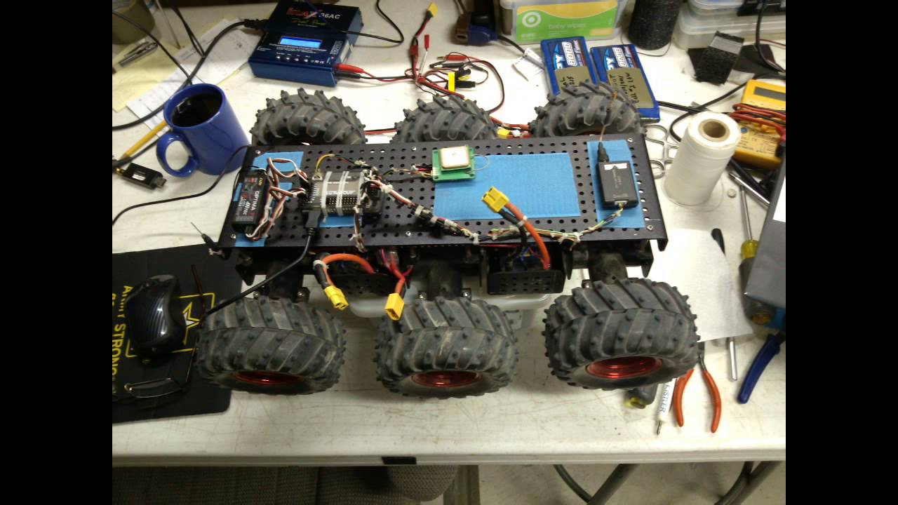 Wild Thumper Rover with Apm 2.6 GPS AutoPilot - YouTube