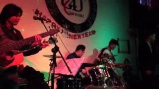 Bài Thánh Ca Buồn cực chất - Dũng singer - G4U CAFE (27-12-