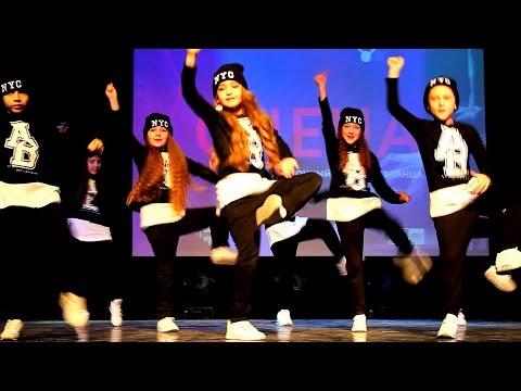 Танцуют дети  DANCE CRAFT Studio  Младшая команда