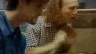 Porno for Pyros- Good God's Urge(acoustic version)