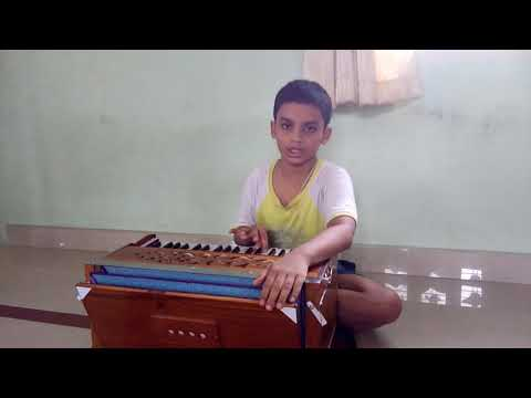 Singing with harmonium