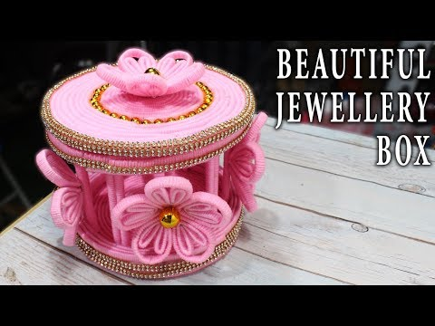 DIY beautiful Jewellery Box made from woolen and newspaper
