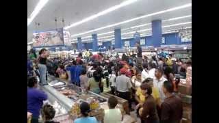 Saqueo Harina Pan En el Santo Tome Unare (PARTE 2)