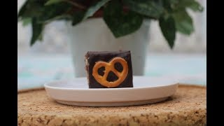 Rich and Beautiful Salted Pretzel Brownies - Magda