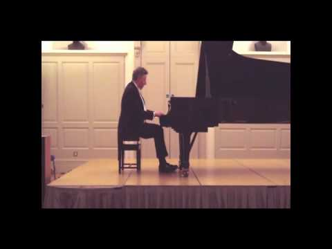 Leslie Howard, piano - Rossini Petit Caprice in the style of Offenbach