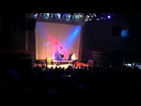 2011-10-08, Minsk, Re:public club: Билли Новик (Billy's Band) поет Polly (Nirvana)