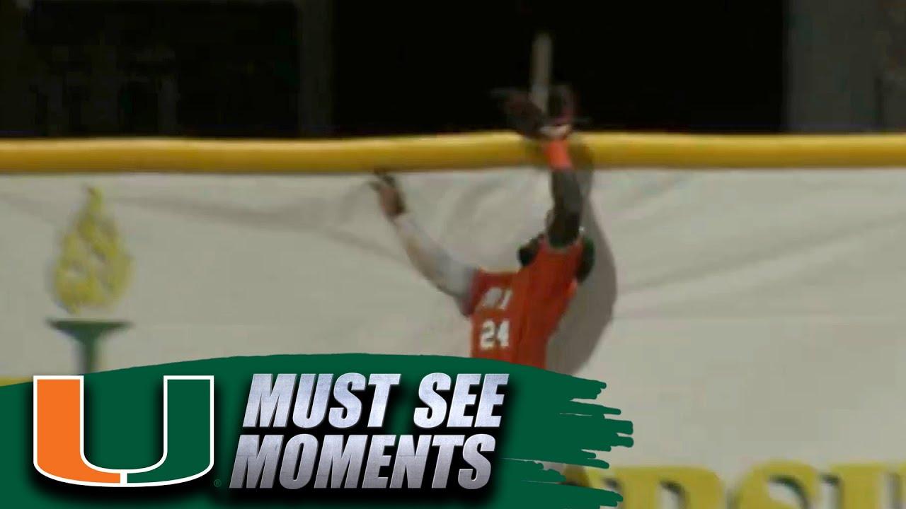 Miami's Jacob Heyward Makes Home Run-Robbing Catch vs. Manhattan