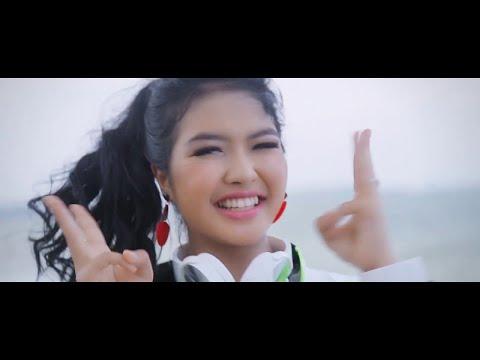 1-kali-goyang---zahra-zaini-i-official-music-video
