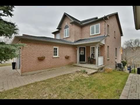 198 deerglen terrace aurora open house video tour youtube for Watch terrace house