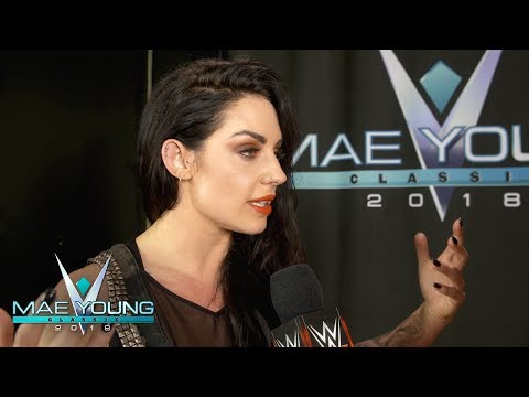 The love runs deep between Kaitlyn and WWE fans: WWE Exclusive, Oct. 10, 2018
