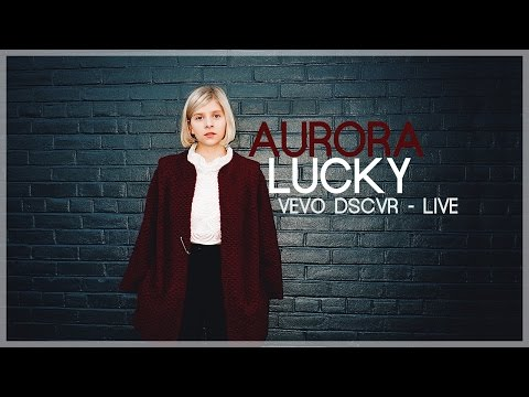 AURORA - Lucky (Vevo dscvr - Live)  [Legendado]
