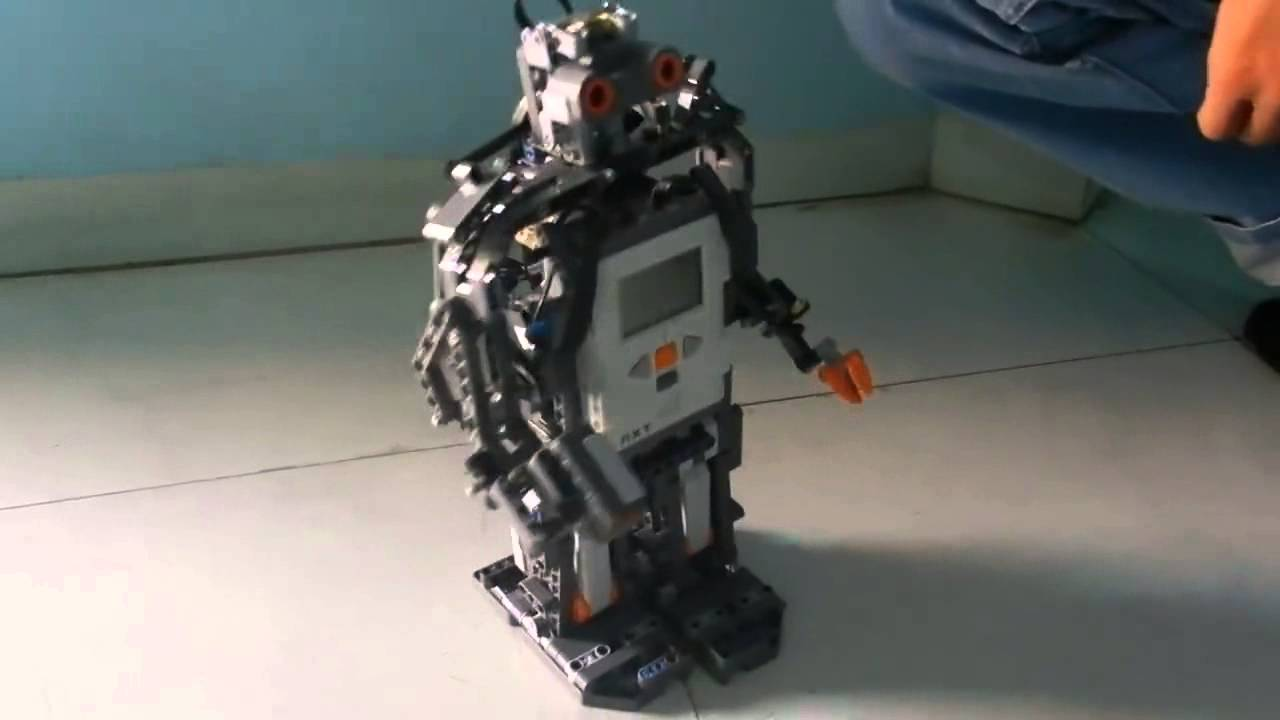 Humanoid Robot Made from Lego Nxt (9797+ 9695)