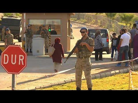 توقعات بإطلاق سراح قس أمريكي يحاكم في تركيا  - نشر قبل 38 دقيقة