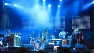 Feist - How Come You Never Go There (Osheaga