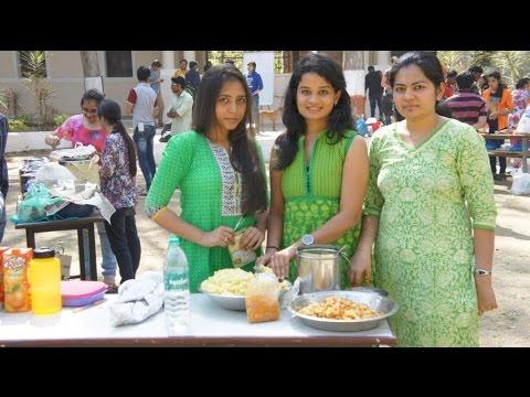Food Fest | Bhakhri Pizza | Chotu Burger | Ahmedabad | LD college of Engineering | Food Kulture